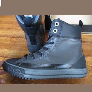 Converse size youth 5 /woman 6 (23 cm)